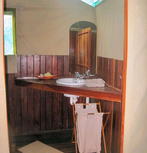 Xaro Lodge Bathroom